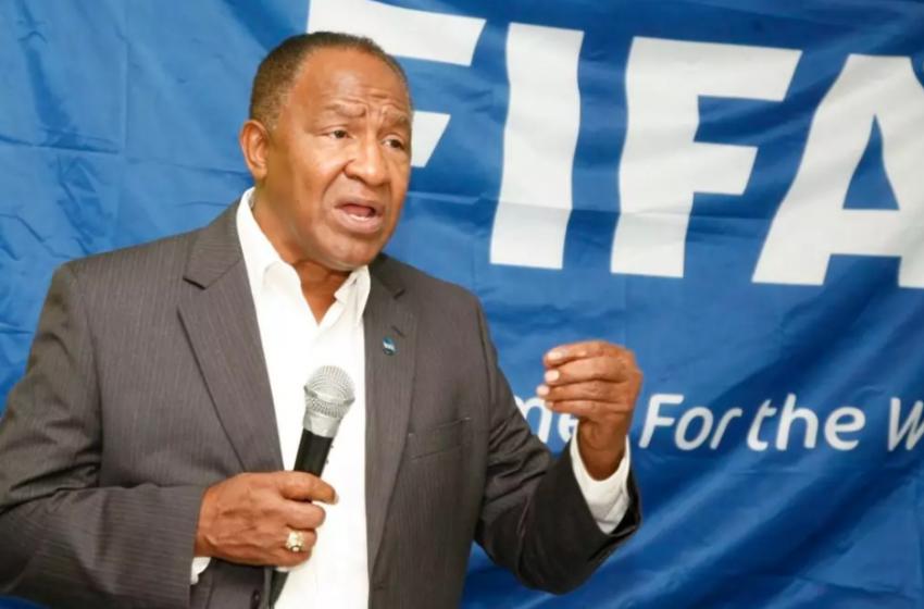 Osiris Guzmán demanda por más RD$ 750 millones a la FIFA y a un grupo por daños y perjuicios