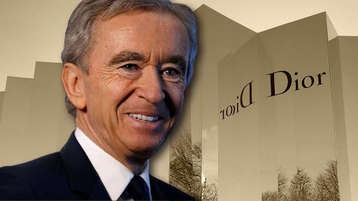 Transformarán fabrica de perfumes Christian Dior a desinfectantes de manos.