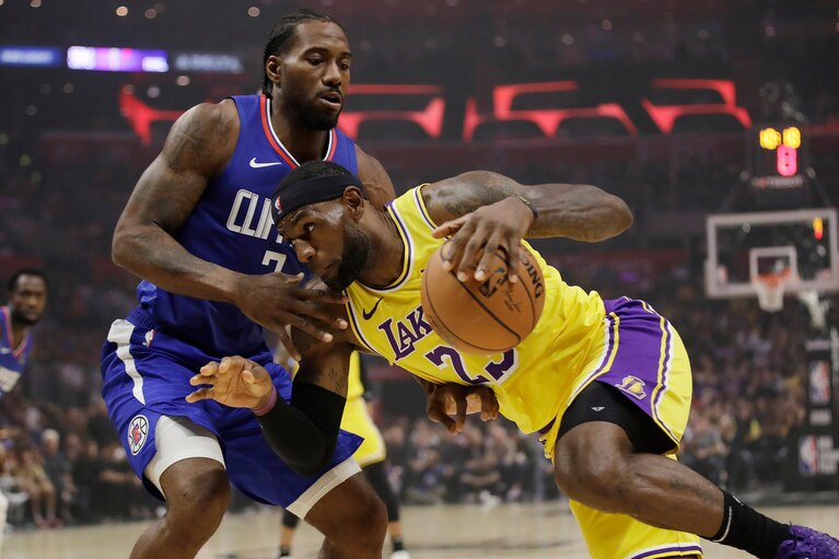Lebrón y AD conducen a los Lakers a su primera victoria sobre los Clippers de Kawhi Leonard