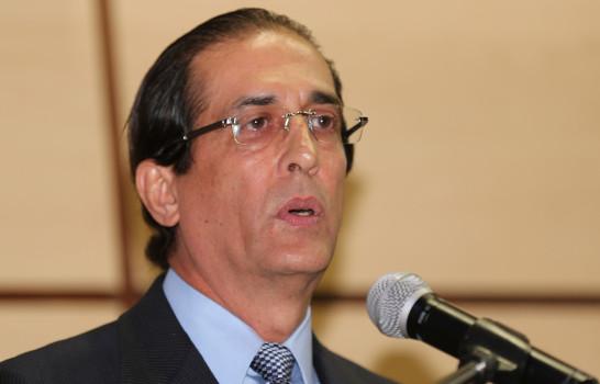 EN VIVO  Montalvo anuncia en rueda de prensa que el presidente Medina hablará mañana