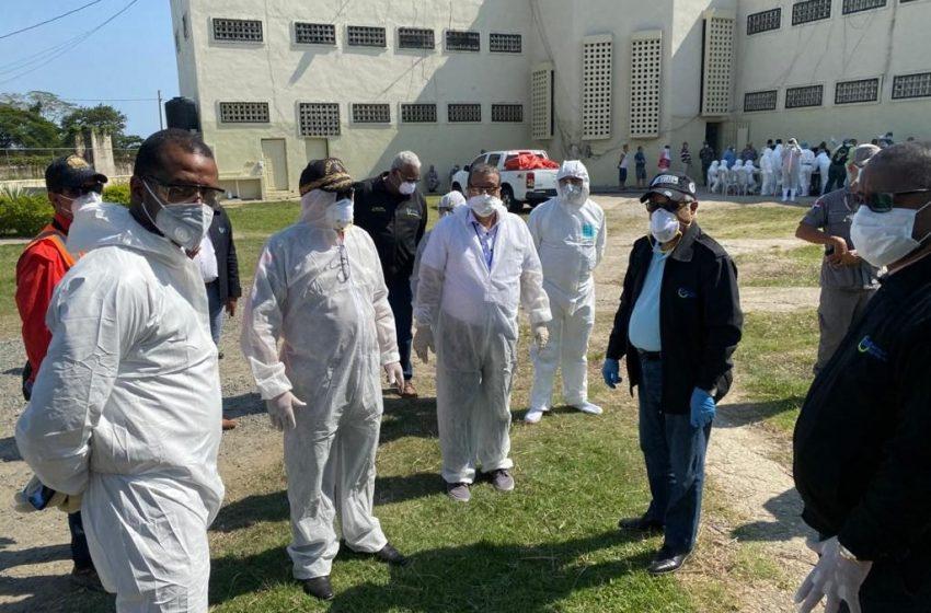 VÍDEO | Sacan preso fallecido hoy en La Victoria, las razones se investigan.