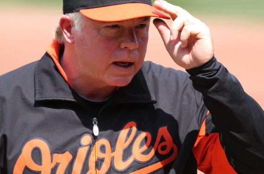 Veterano dirigente Showalter asegura que son necesarios los aficionados en juegos de béisbol