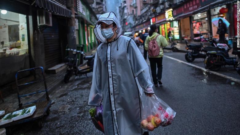 Wuhan le muestra al mundo que el fin del encierro es solo el comienzo de la crisis por covid-19