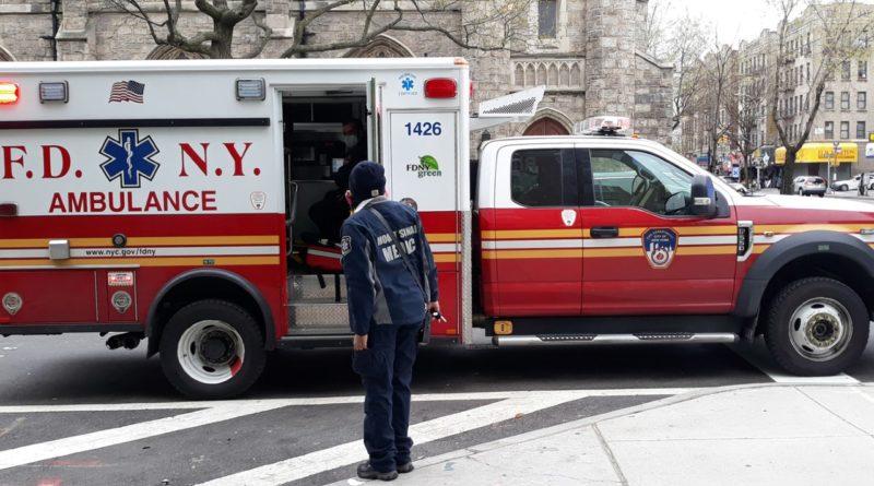 """""""cumple con los criterios de muerte obvia, no inicie la resucitación"""", Bomberos de NY dejará morir pacientes que no sean de coronavirus"""