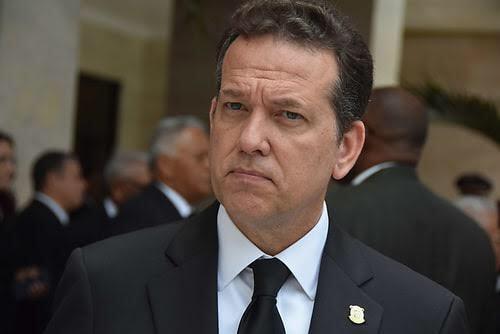 Ito Bisonó recomienda apertura organizada de la economía