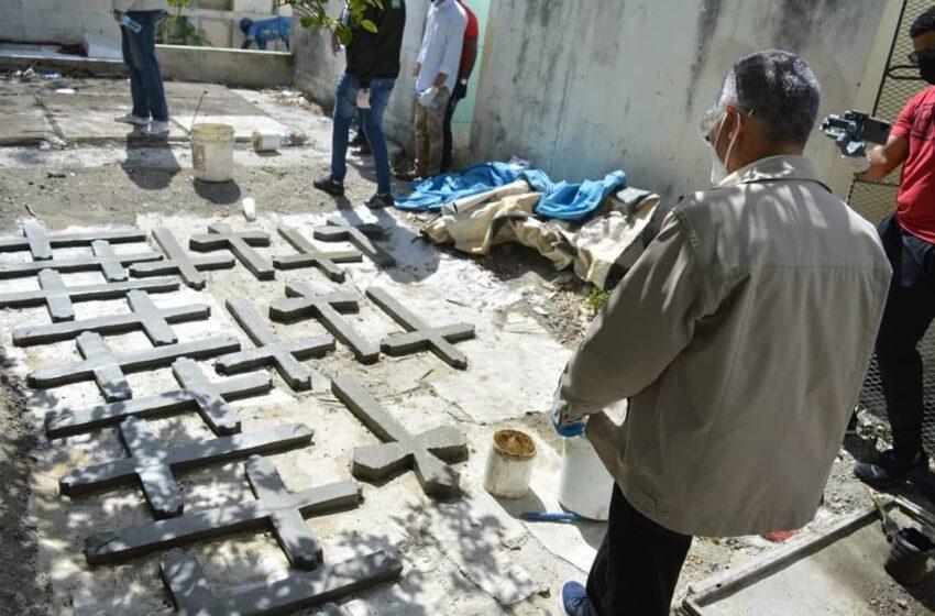 Manuel Jiménez supervisa reparaciones y limpieza en cementerio de San Luis