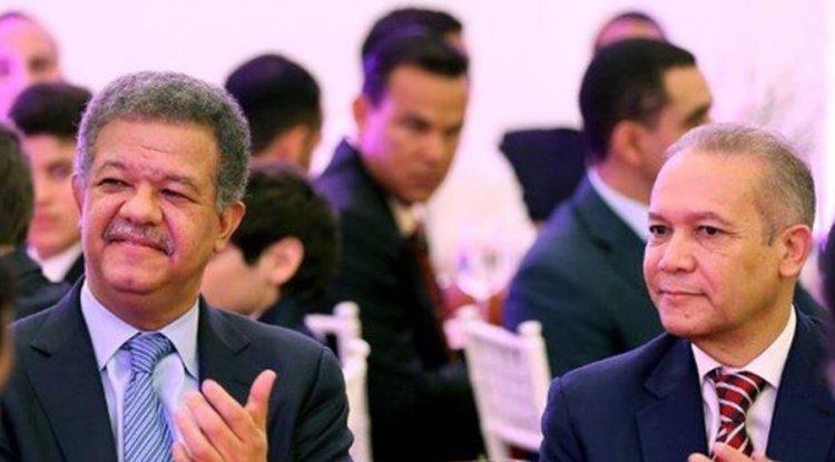Renuncia Rafael Núñez, jefe de prensa de la FP y Leonel Fernández