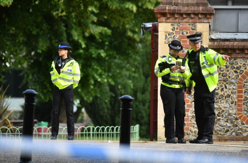 VÍDEO | La Policía declara como incidente terrorista el apuñalamiento masivo en un parque del Reino Unido