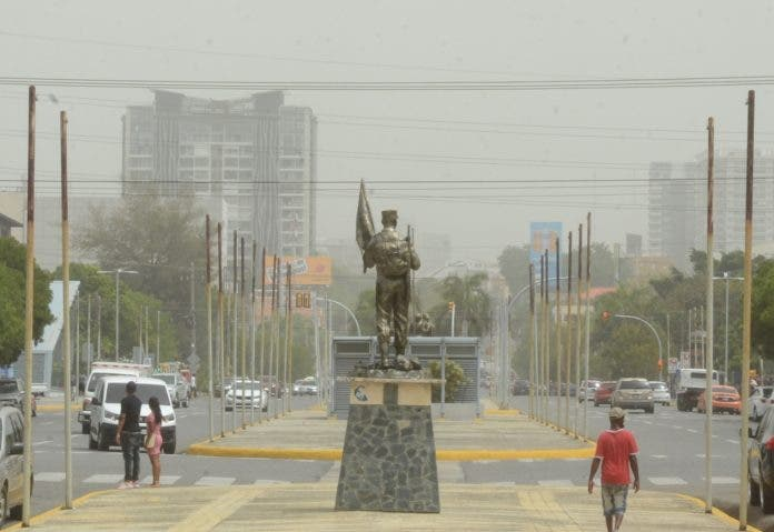 El polvo del Sahara se aleja; lo sustituye vaguada