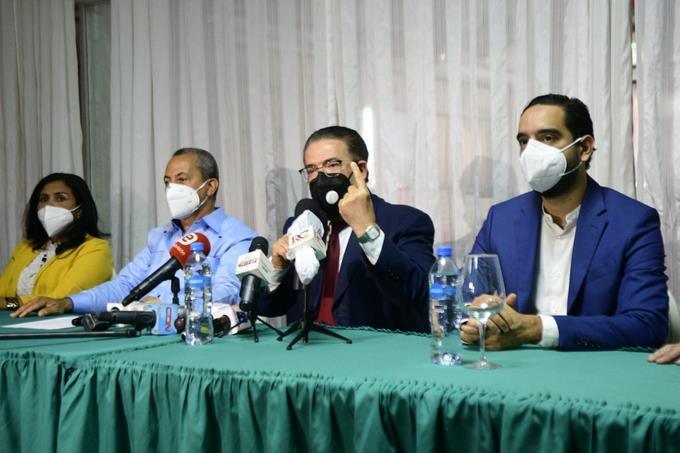 Alianza País llama a ciudadanía no permitir privilegios de congresistas electos