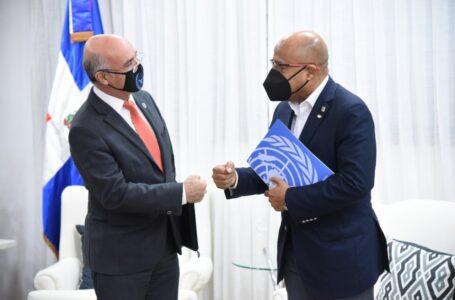 Presidente Cámara de Diputados recibe visita de representante de ONU en RD