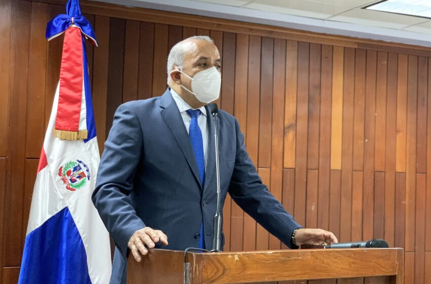 El ministro de Salud Pública da positivo al coronavirus
