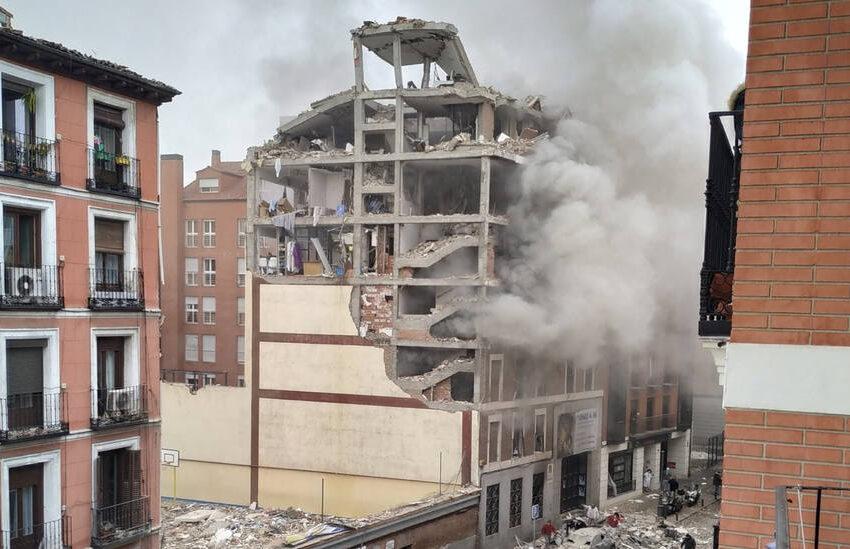 Una terrible explosión destroza un edificio en el centro de Madrid