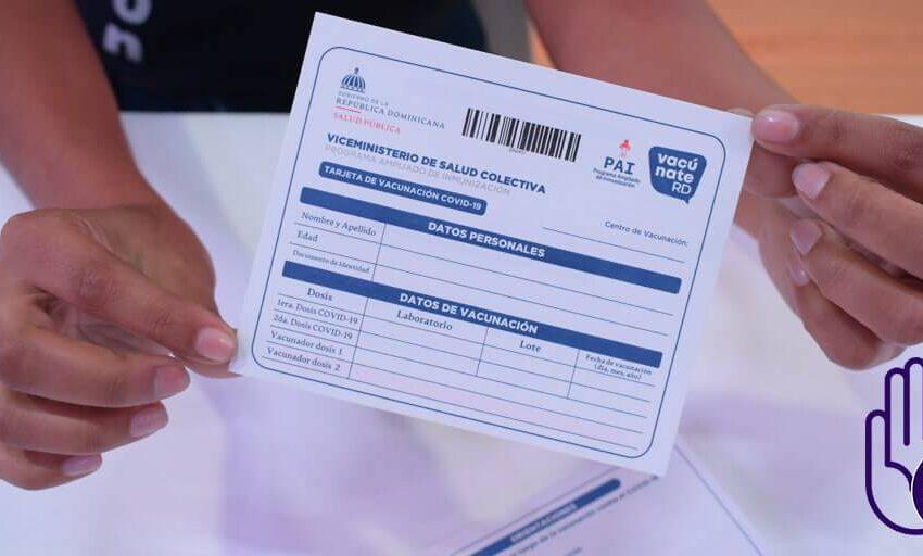 Envían a prisión preventiva a joven por falsificar tarjetas de vacunación contra el COVID-19