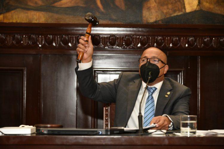 Alfredo Pacheco: al Ministerio Público independiente hay que darle rango constitucional