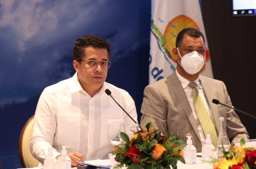 """Sector turístico ha recuperado 63,000 empleos directos, Collado afirma está """"en franca recuperación"""""""