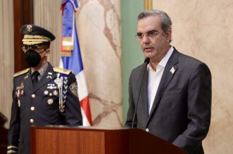Abinader recomienda a las bandas haitianas no cruzar la frontera