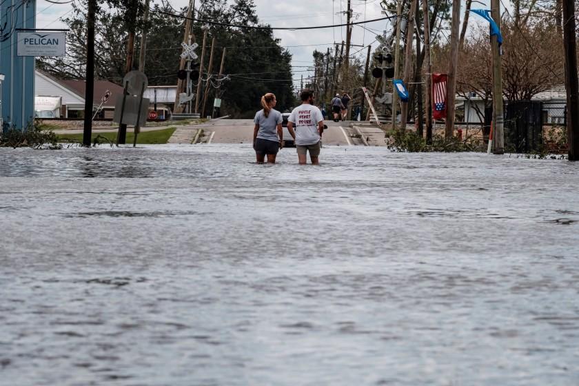 Suben a 23 los fallecidos por el paso del huracán Ida en el noreste de EEUU
