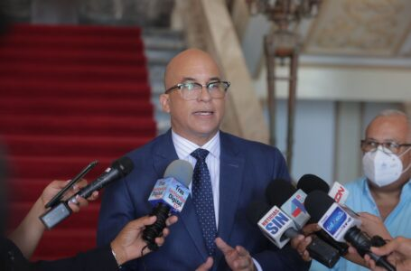 Gobierno informa no ha presentado propuesta de reforma fiscal